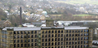 Figure 2: Titanic Mill, Linthwaite, before it was converted into luxury flats and a spa. (Credit: Trinity Mirror)