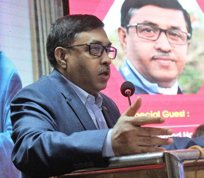 Figure 3: Mohammad Hatem, Ex-Vice President, BKMEA and 1st Vice President, Exporters Association Bangladesh delivered his speech at the summit.
