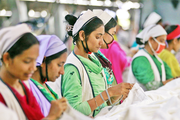 Bangladesh gov cut source tax on export of apparel products