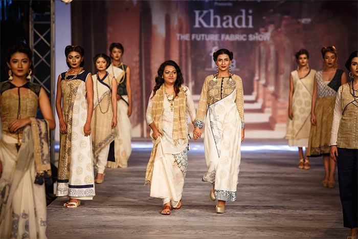 Khadi Can Uphold Country S Traditional Industry To The World