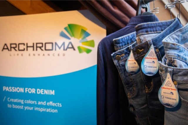 Archroma-showcase-The-Denim-Window-Amsterdam