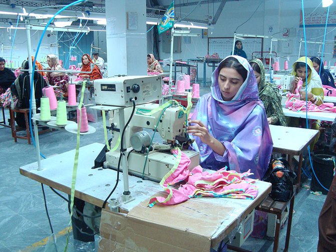 Pakistan-garments-resumed-production-COVID-19