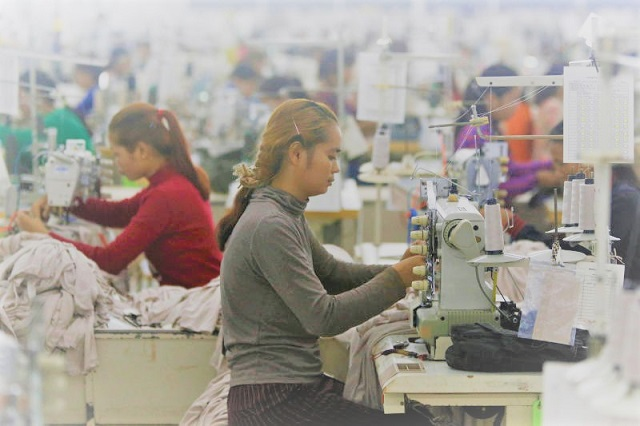 Cambodia-increases-apparel-wages