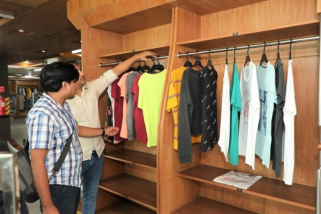 Merchandiser-role-garment-cost-reduction