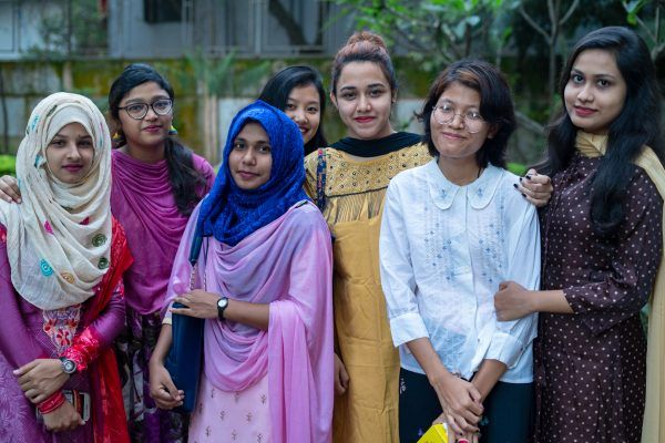 4-Bangladeshi garments-workers-graduated-Pathways-for-Promise-program-AUW